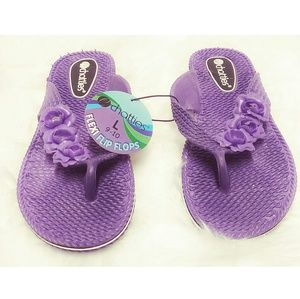 NWT Chatties Purple Comfort Flip Flop Size 9/10